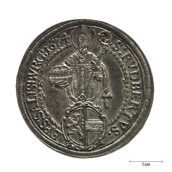 0930 Zbiory numizmatyczne St. Kadyiego; Talar arcybiskupi Salzburg (1674); awers