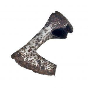 1515 M. A. Topór – broń (znalezisko luźne – Trzcinica, pow. Jasielski) XI w., żelazo
