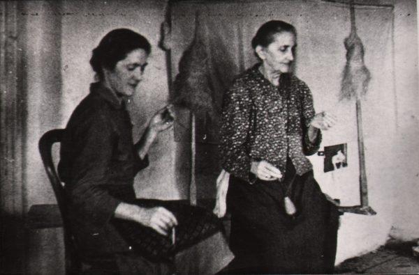 185 A.F. Etnografia, Prządki z Jodłowej przed 1939 r.